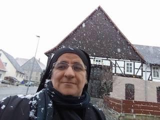 Hatune im Schnee